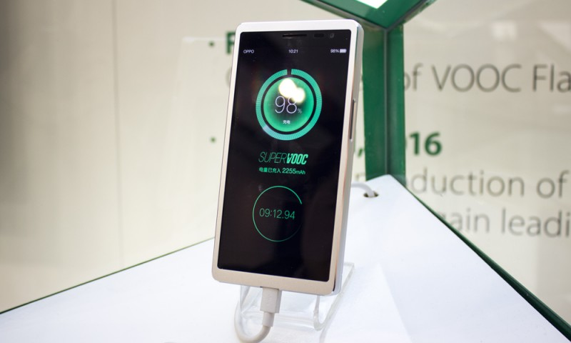 Nova tecnologia recarrega bateria de smartphones em 15 minutos