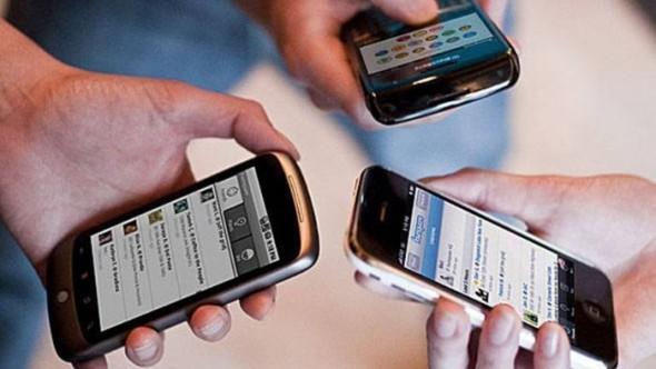 Celular se torna principal Meio de Acesso à Internet no Brasil