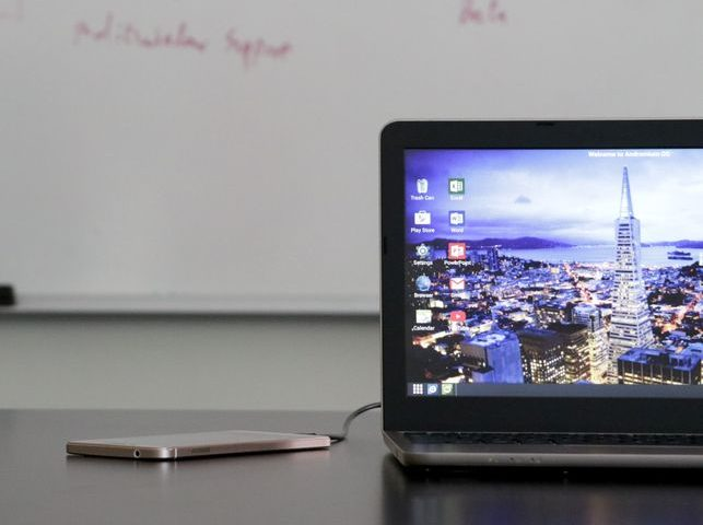 Superbook – Novo Dock transforma Smartphones Android em Notebooks